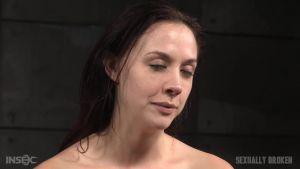 Сексуальная мадам получает перегрузку от оргазмов и траха в лицо в тугом бондаже