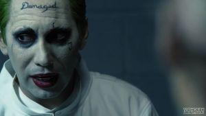 Убийца Мороз освобождает своих друзей из тюремных камер из-за желания потрахаться