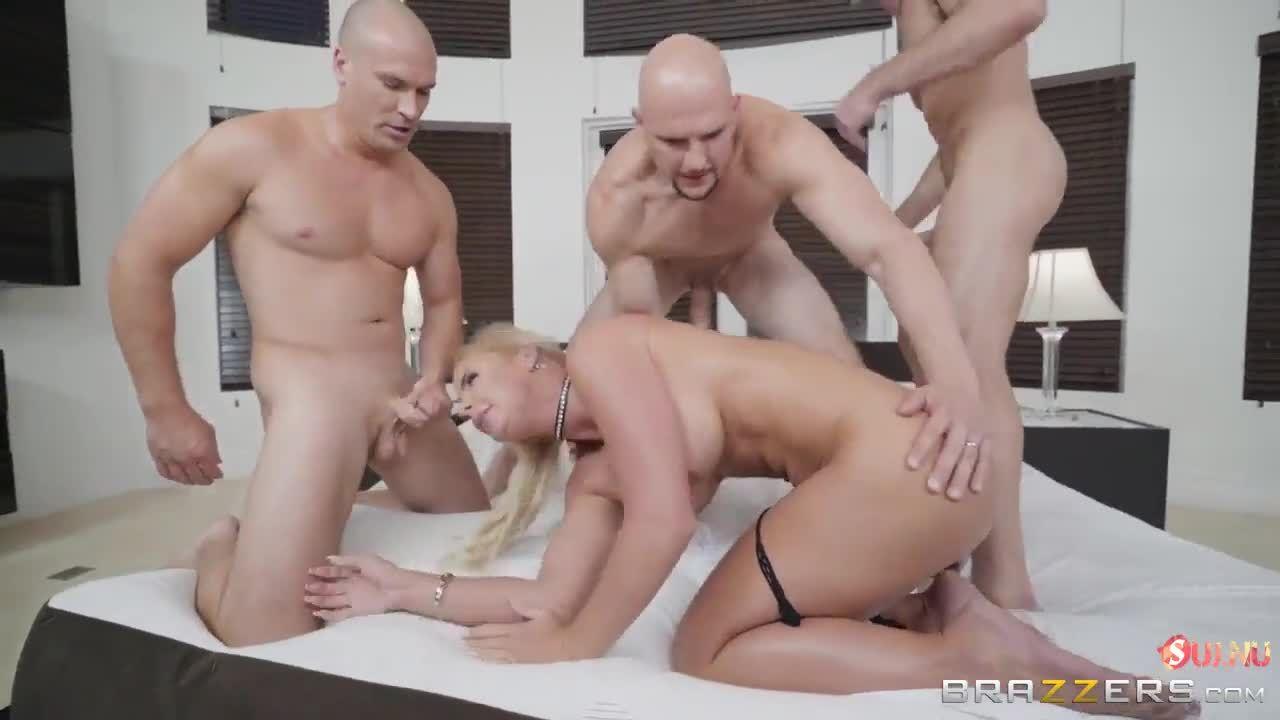 Выиграл приз секс с порнозвездой — photo 5